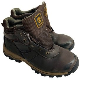 Timberland boys brown leather hiking boots size 3